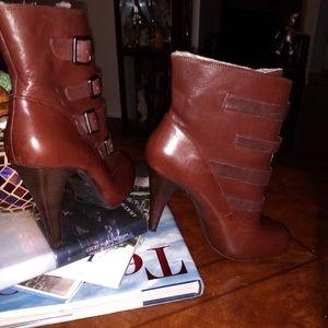 Gianna Bini Booties Size 10